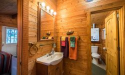 Soldotna Cabin Rental - Cabin by the pond (21)